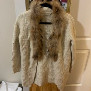 Cardigan with fur
